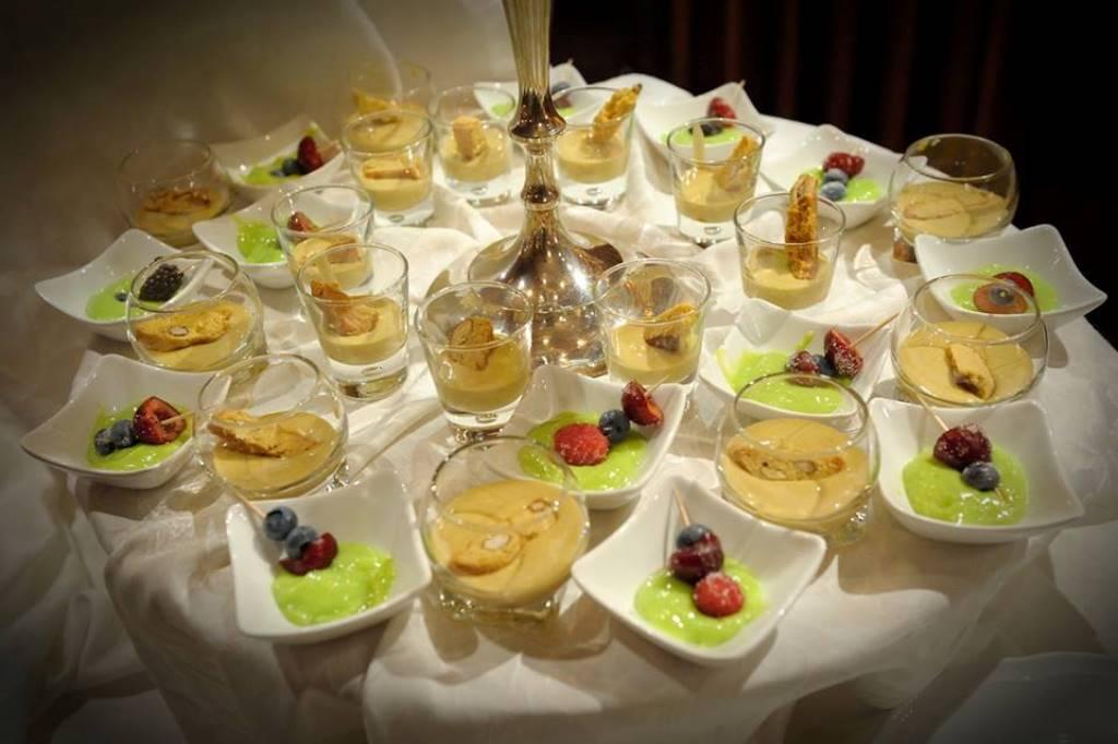 Buffet Di Dolci Mignon : Fantastiche immagini su buffet dolce nel biscotti