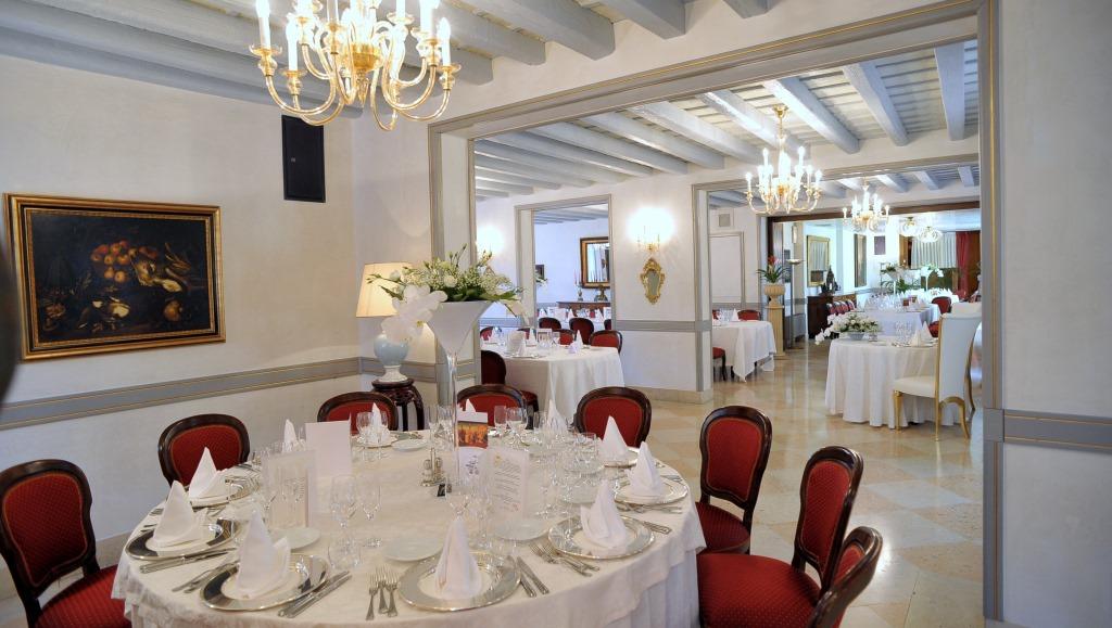 Sala seicento del ristorante hotel ristorante aldo moro for Sala 600 melide